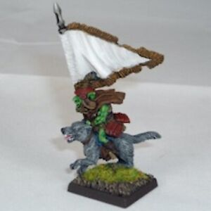 Goblin-Wolfrider-Standardbearer-Warhammer-Fantasy-Armies-28mm-Unpainted-Wargames