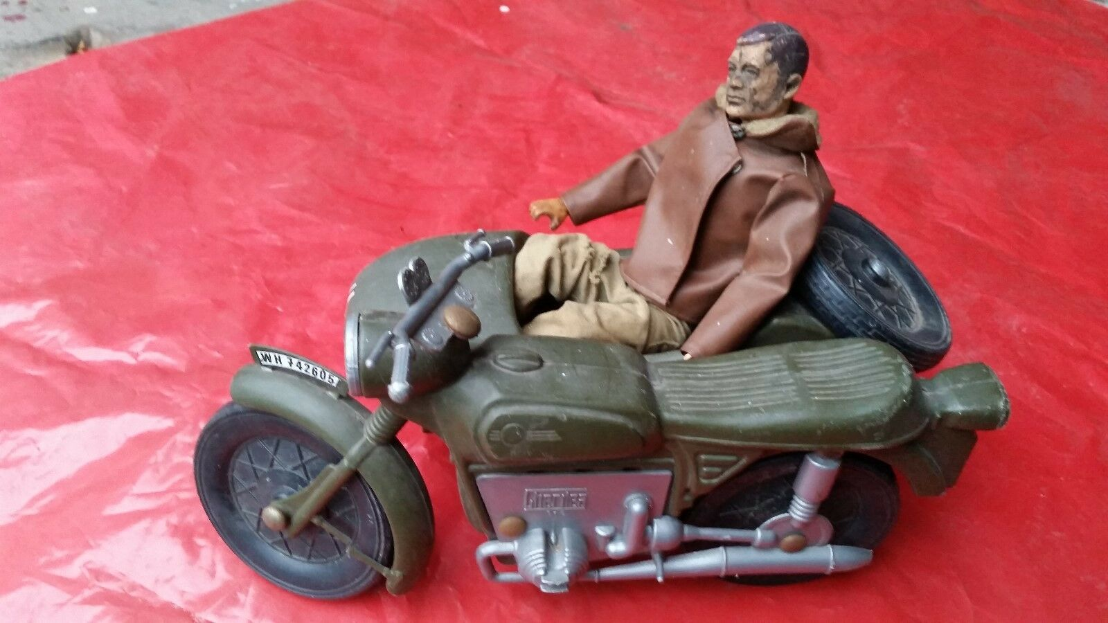 VINTAGE ACTION MAN NAZI WW2 GERMAN MOTORCYCLE WITH SIDE CAR AND FIGURE CHERILEA