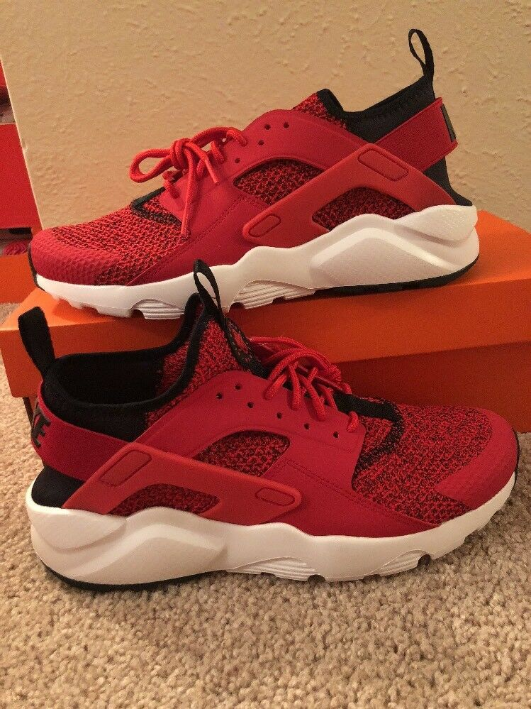 875841 603 NIKE AIR HUARACHE RUN ULTRA SE UNIVERSITY RED BLACK WHITE Sz 9 Sample
