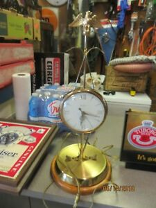 Clocks Enthusiastic United Clock Works Model 207 Electric Clock With Eagle Topper Works Great Exquisite Craftsmanship;