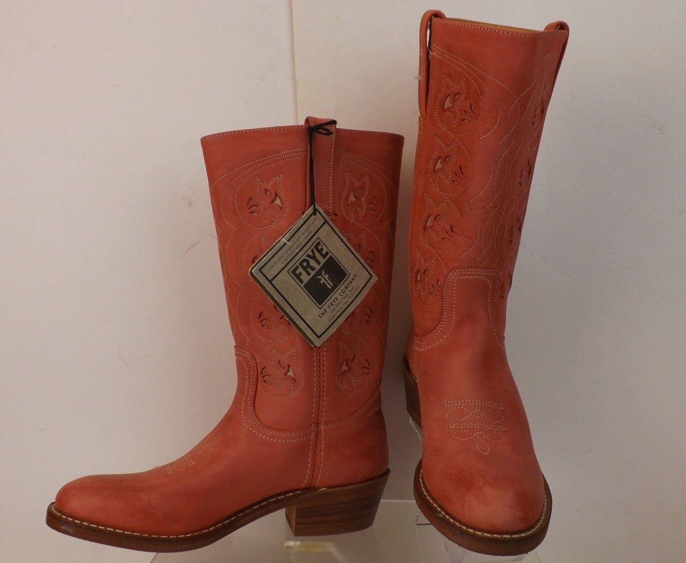 NWB FRYE CORAL DISTRESSED LEATHER BRUCE WESTERN BOOTS 7.5  300