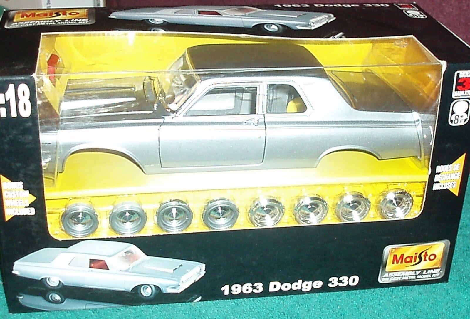 Maisto 1963 Dodge 330 Coupe Conjunto Modelo Kit 1 18 VHTF nivel de habilidad 3