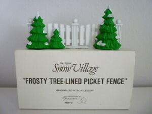 Department 56 Frosty Tree-Lined Picket Fence Snow Village 52078 Accessory