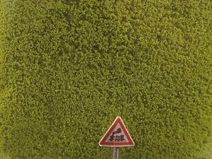 (Preis 1Ltr.=€ 22,50)  Mikrolaub Flocken hellgrün 200 ml   - Heki 1610 #E