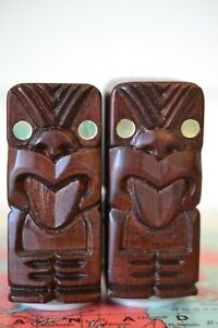 Vintage-tiki-salt-amp-pepper-shakers-wood-NZ