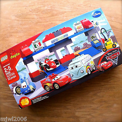 LEGO Cars The Pit Stop 5829 4611298
