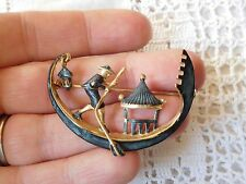 Fabulous Vintage 1950s Decorative CHINESE Boat Brooch