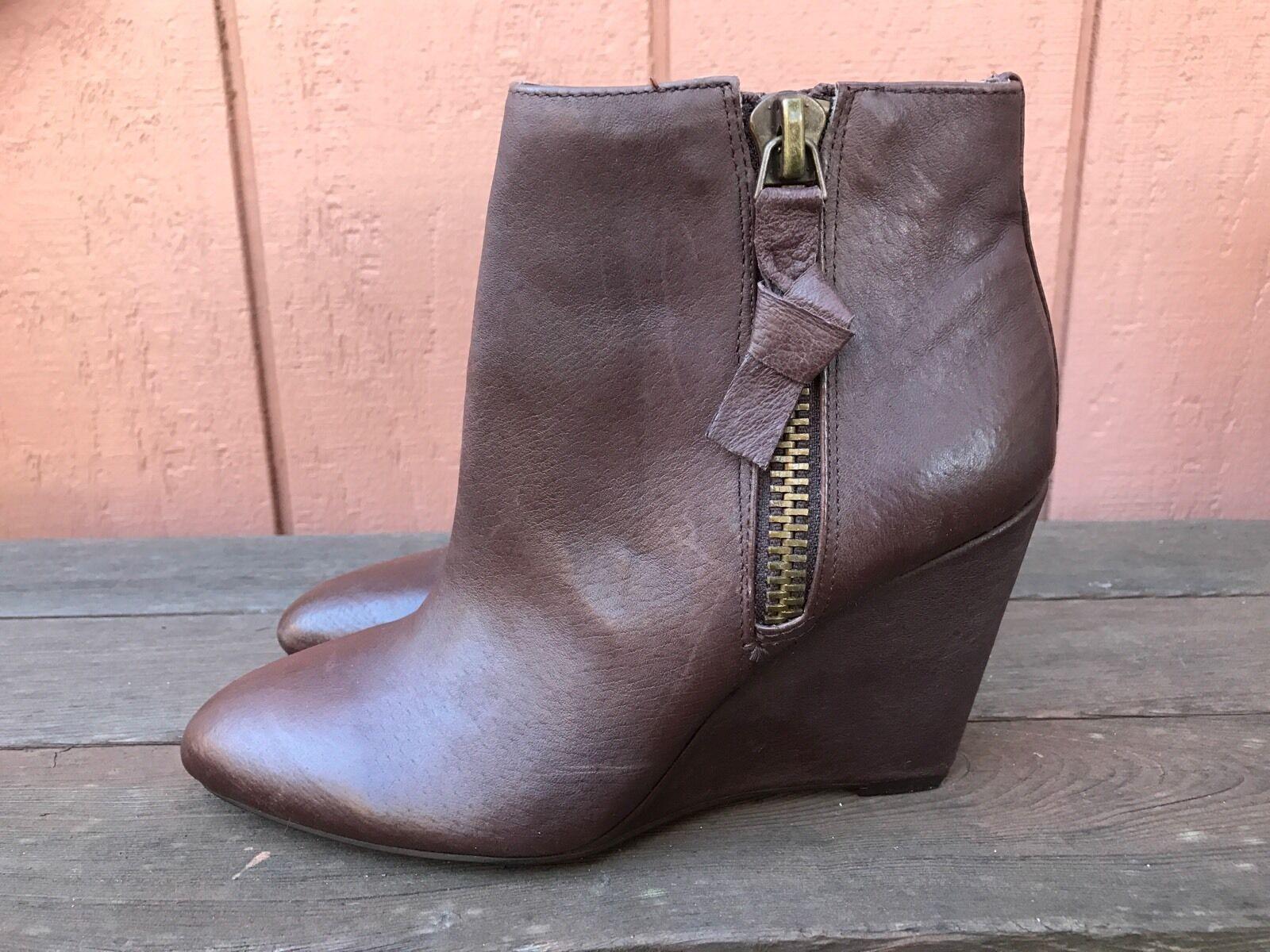 EUC Steve Madden Zellda Wedge Brown Leather US 6.5 M