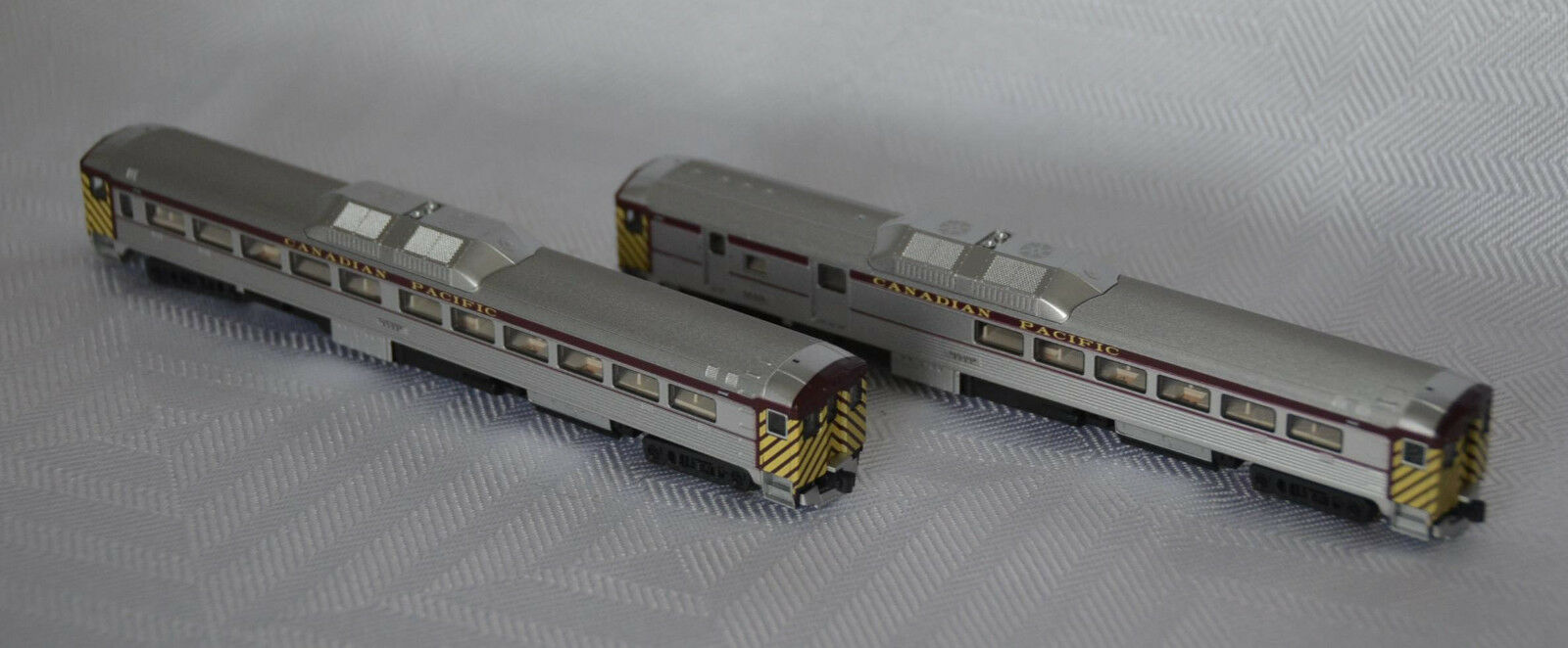 N Scale KATO  106-3001 Rail Diesel Car CANADIAN PACIFIC Set A RDC-1 RDC-3 CP