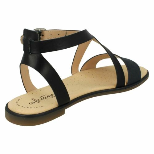 D Fitting Ladies Clarks Bay Rosie Casual Leather Flat Sandals