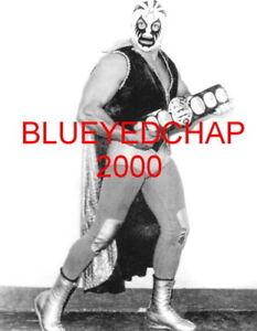 MIL MASCARAS WRESTLER 8 X 10 WRESTLING PHOTO NWA WWWF