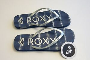 4cfcf73eb504 Details about NEW Roxy -10- Women s Melon III Summer Beach Sandal Flip-Flops  Thong Blue Silver