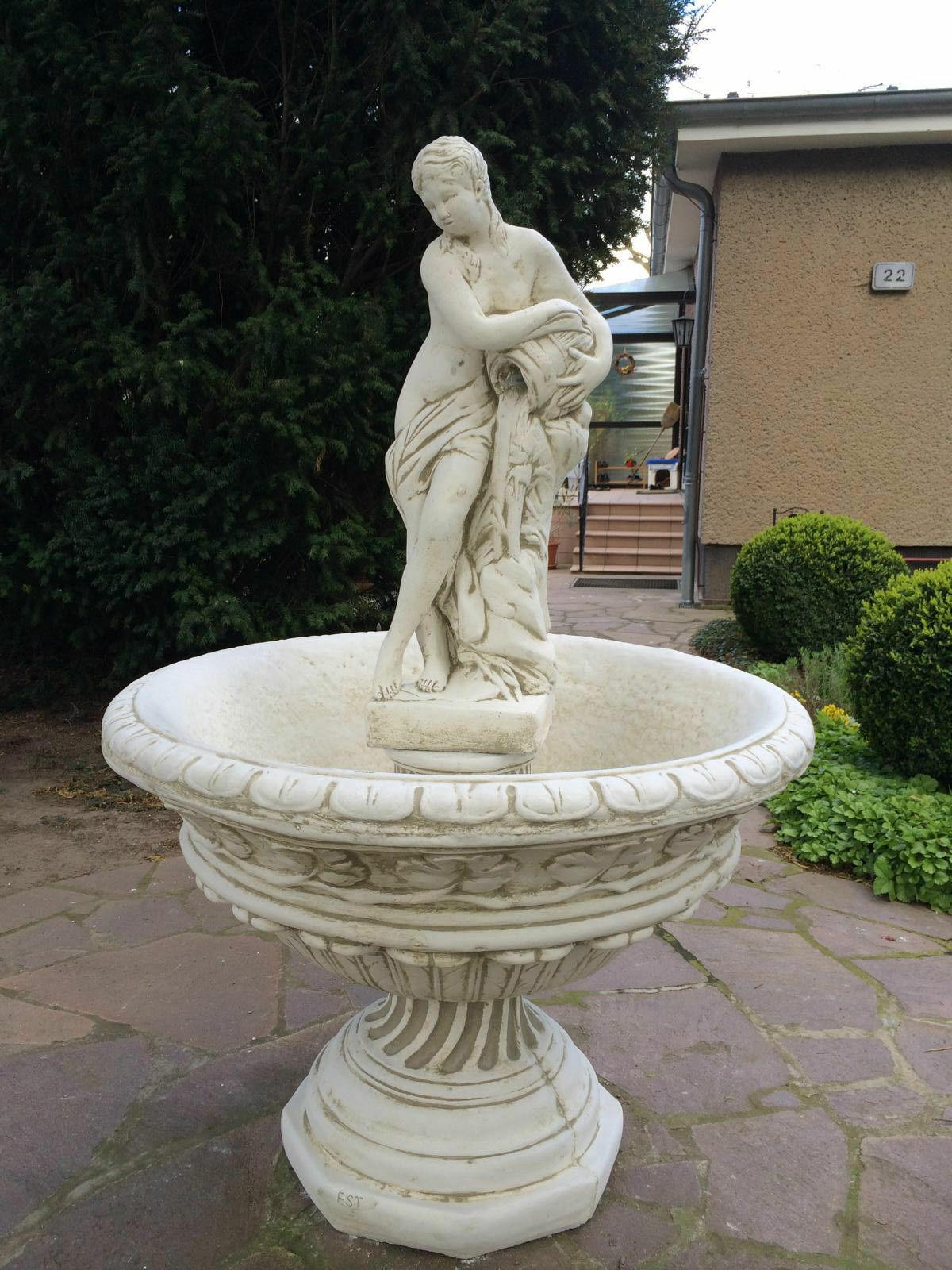 Garten Brunnen Zierbrunnen Wasserspiel Steinbrunnen Springbrunnen Kaskade NEU