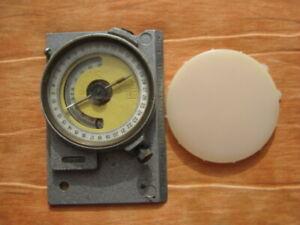 Vintage-Military-Compass-Mountain-GK-2-Russian-2-Soviet-USSR-CCCP-RARE-1969