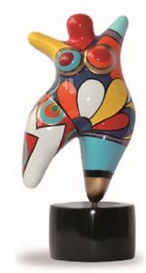 Estatua de la mujer  Nana  resina, para la decoración y recopilación. altura 26 cm