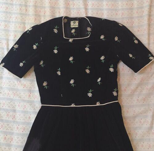 1940s Vintage Carole King Black Velvet Embroidered