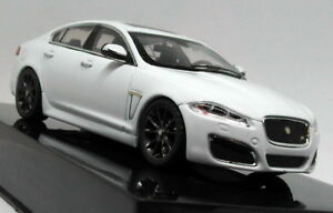 Ixo-1-43-Scale-Jaguar-XF-XFR-Polaris-White-Diecast-Model-Car