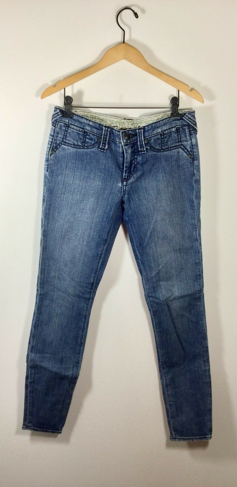 STITCH'S Medium bluee Grass Size 29 Skinny Leg  Moccasin  Denim Jean