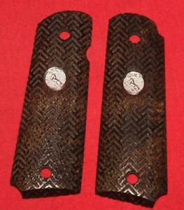 Colt-Firearms-Full-Size-1911-Government-Commander-Grips