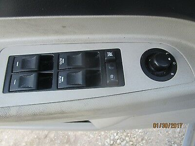 05-06 CHRYSLER 300 LIMITED PASSENGER RIGHT SIDE POWER WINDOW SWITCH 04602742AA