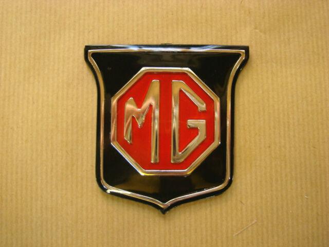 1967-1971 ARA2148 MG MGC GT Front Grille Badge Black /& Red