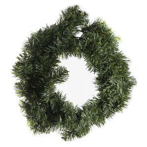 Tannenkranz grün dunkelgrün Weihnachten Nikolaus Silvester Deko Wohnaccessoires