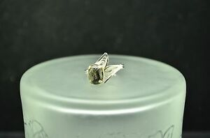 925-STERLING-SILVER-BLACK-STONE-AND-LEAVES-BAND-RING-SIZE-9-ADJ-19514
