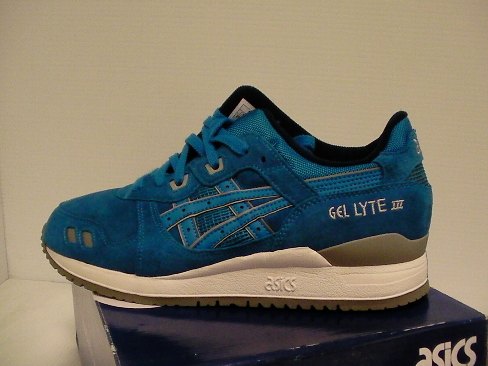 Asics men running shoes gel-lyte iii bluee size 8 us new with box