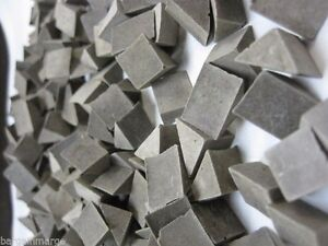 Brown Vibratory Tumbling Media Triangle Aggressive Deburring Rock Polishing 10LB