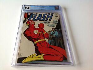 FLASH-198-CGC-8-5-WHITE-PAGES-ZATANNA-APP-FLASH-PRAYING-TO-GOD-COVER-DC-COMICS