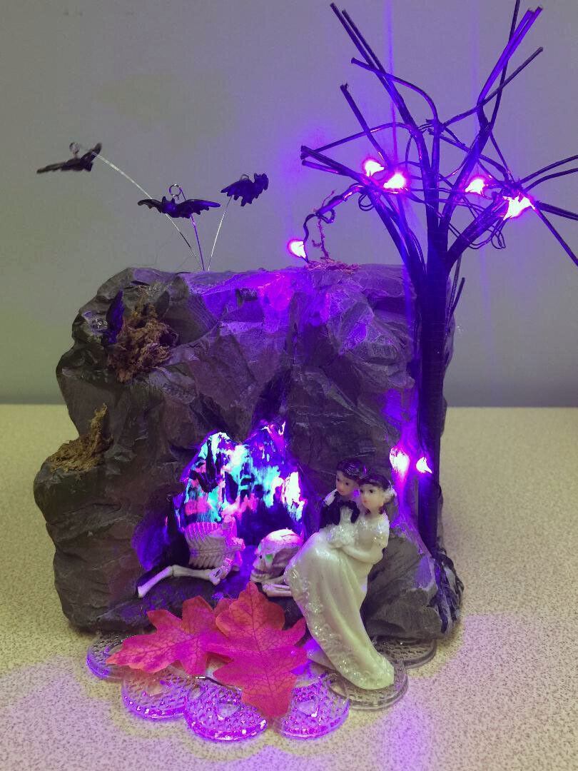 Haunted Cave Working Lights wedding cake topper Halloween marié Top Squelette