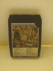 8-Track-Cassette-sgt-peppers-lonely-hearts-club-band-the-Beatles
