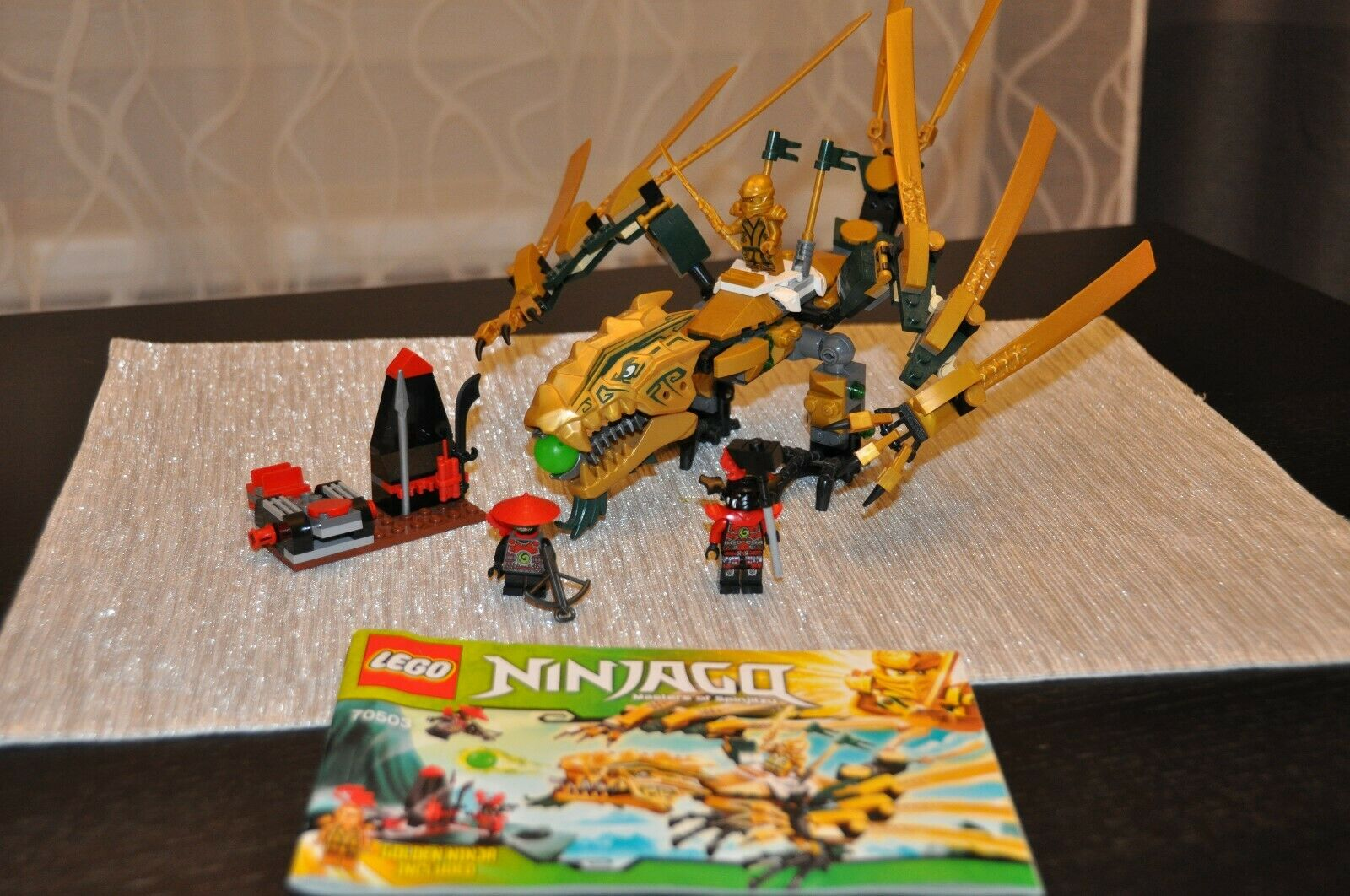 nuova esclusiva di fascia alta LEGO Ninjago The oroen Dragon (70503) (70503) (70503)  all'ingrosso a buon mercato