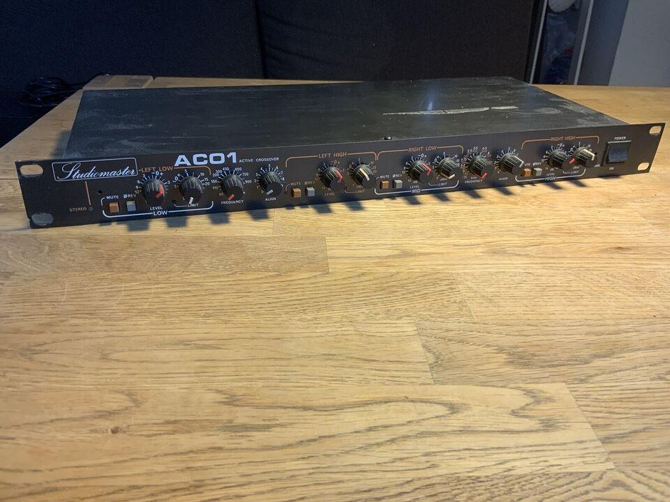 Elektronisk delefilter, Studiomaster AC01