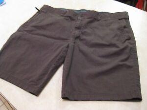 New Weatherproof Men/'s Plaid Flat-Front Casual Shorts Navy//Blue Original $39.99