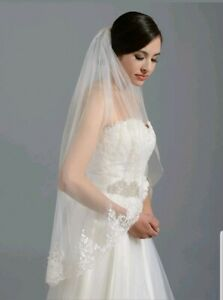 UK-1-Tier-White-Ivory-Fingertip-Length-Bridal-Wedding-Veil-With-Comb-Lace-36-034