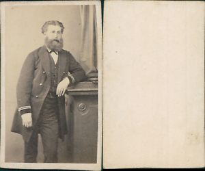 Homme-barbu-en-uniforme-militaire-circa-1865-CDV-vintage-albumen-carte-de-visit