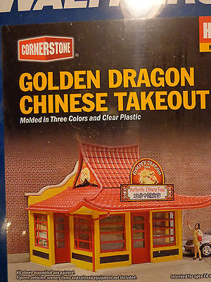 Inc 3-1//8 x 2-1//2 X 2-5//8 7.9 X 6.5 X 6.7cm Golden Dragon Chinese Take Out Kit Walthers