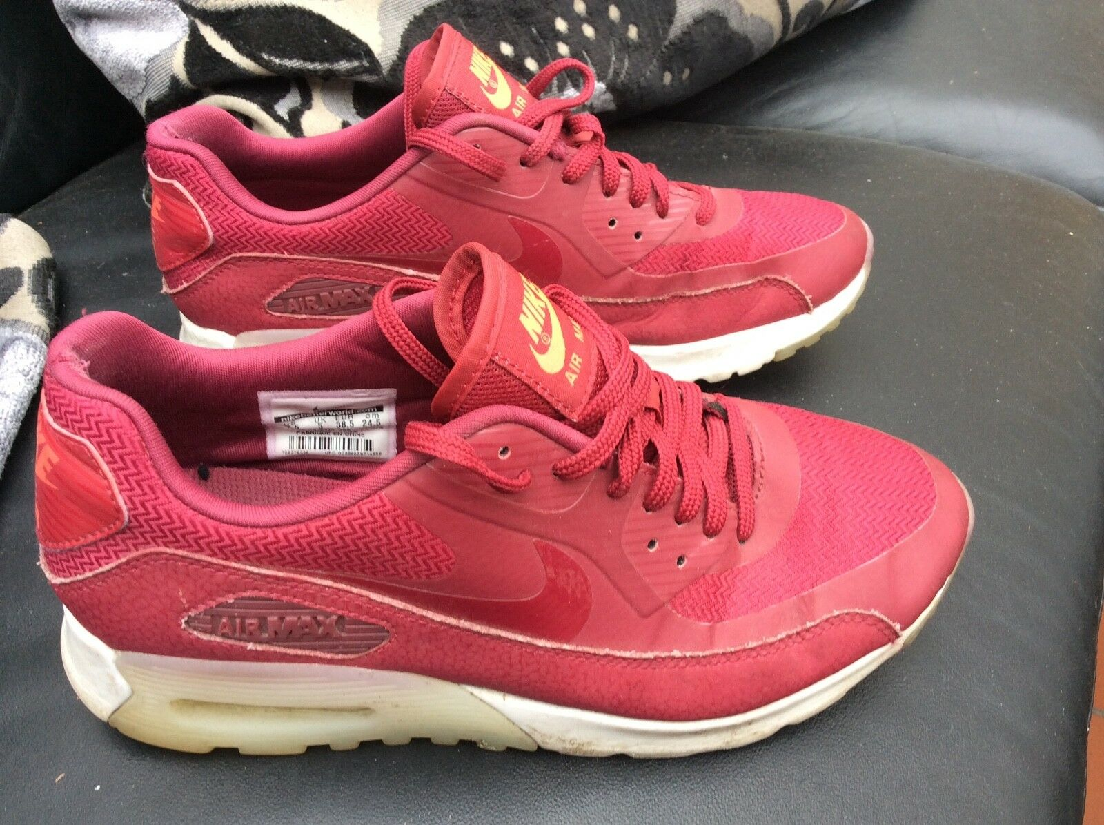 Ladies Girls  Nike Air Max Trainers Comfortable Comfortable and good-looking