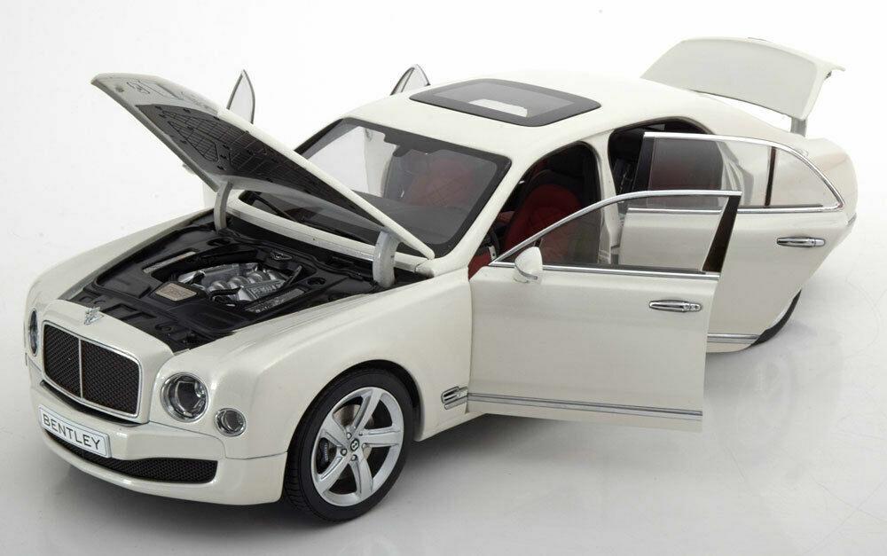 KYOSHO 2014 Bentley Mulsanne Speed-Ghost White w Full Openings 1 18New Item
