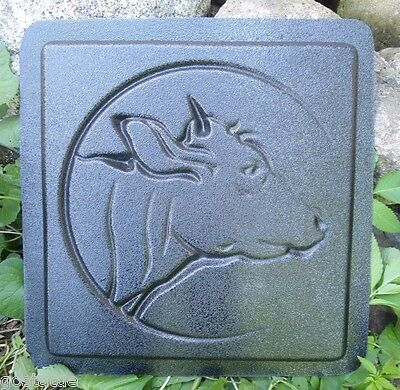 Cow stepping stone mold concrete plaster animal mould