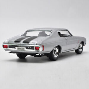 1-18-Scale-1970-Chevrolet-Chevelle-SS-454-WELLY-DIECAST-MODEL-TOY-CAR-Muscle-Car