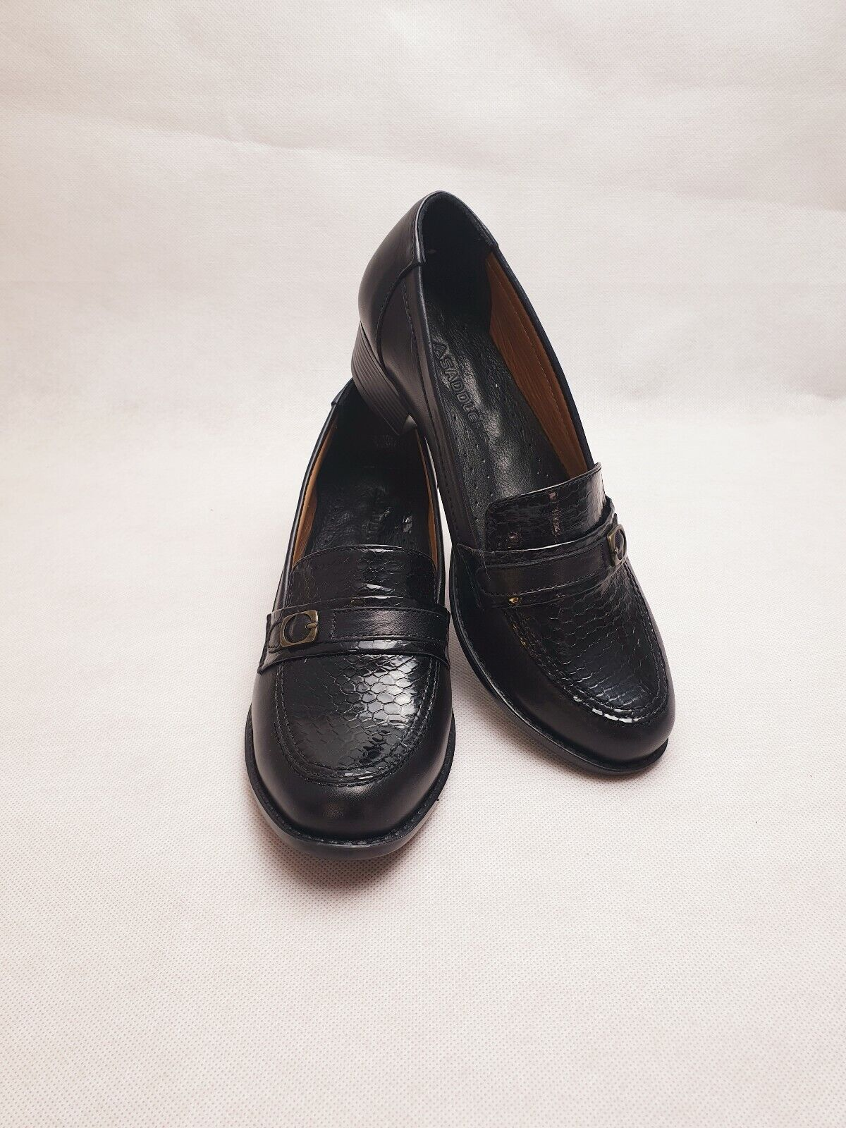 SADDLERS 111 Black Leather Low Heel Office Work Casual Women Loafers Pump Size 7