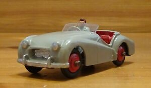 Dinky-105-Triumph-TR2-Touring-Car-Restored-Model-DT161