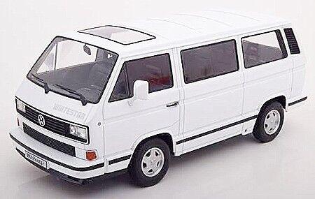 Volkswagen VW Bus T3 1993 White 1:18 Model KK SCALE