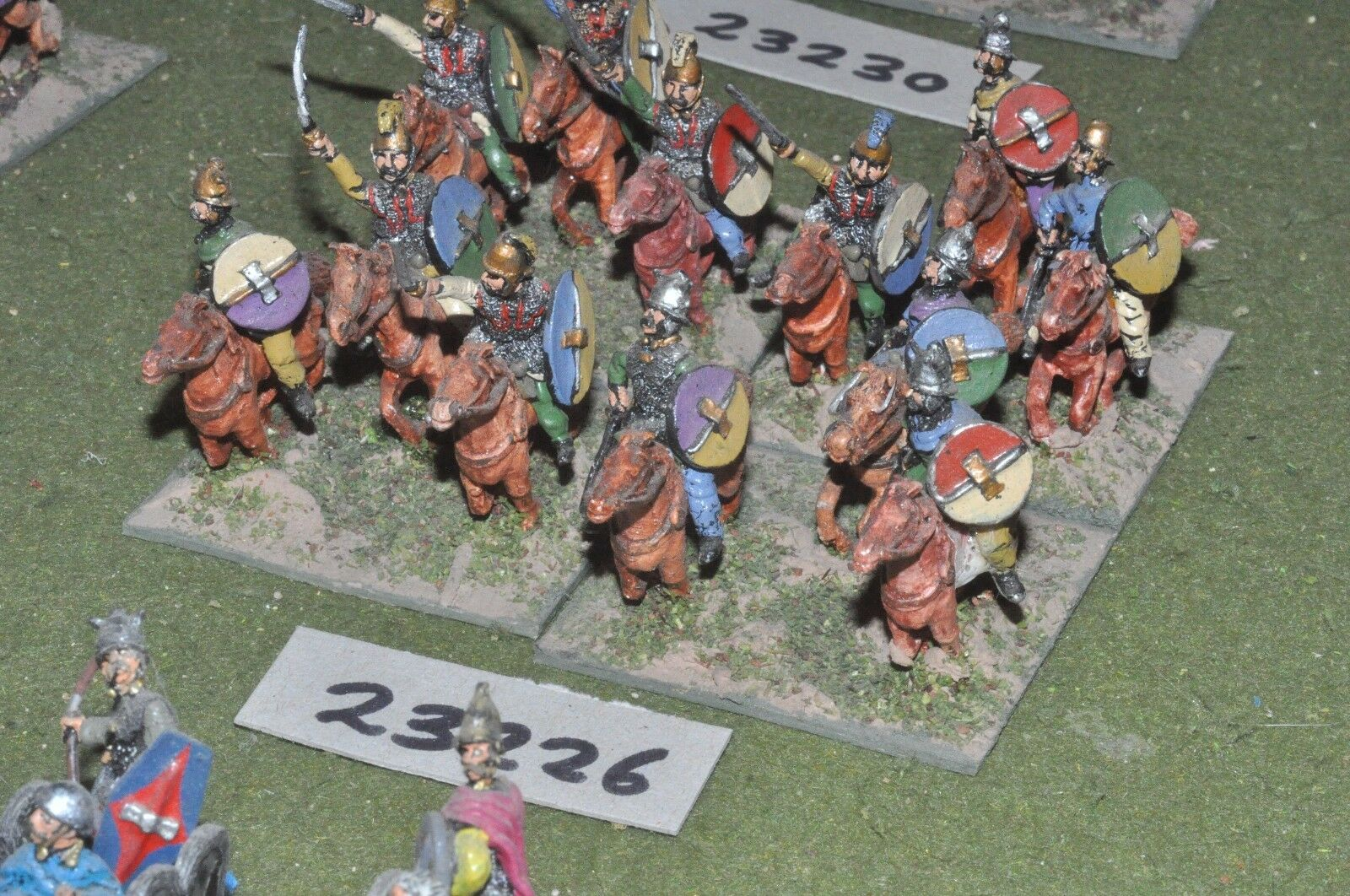 25mm medieval   english - mixed 12 figures - cav (23266)