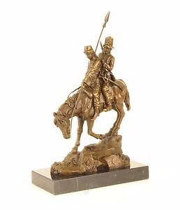 9973386 Bronzo Scultura Cavaliere Paio su Cavallo Pendio verso il Basso Cavalca