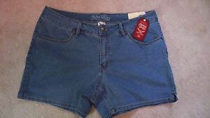 Women-Faded-Glory-Stretch-Arctic-Denim-Chino-Short-Inseam-4-5-034-NWT-Free-Shipping