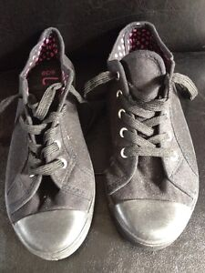 Ladies Pumps Trainers Size 6 By George