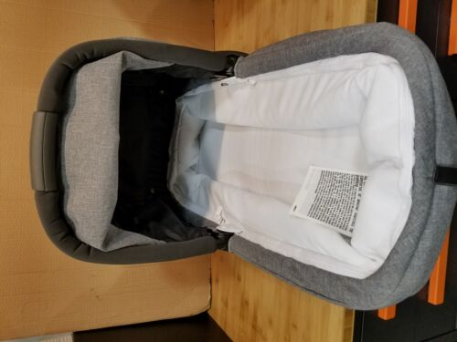 Peg Perego Baby Bassinet Pop-up Gray-Atmoshpere Attatches to a stroller